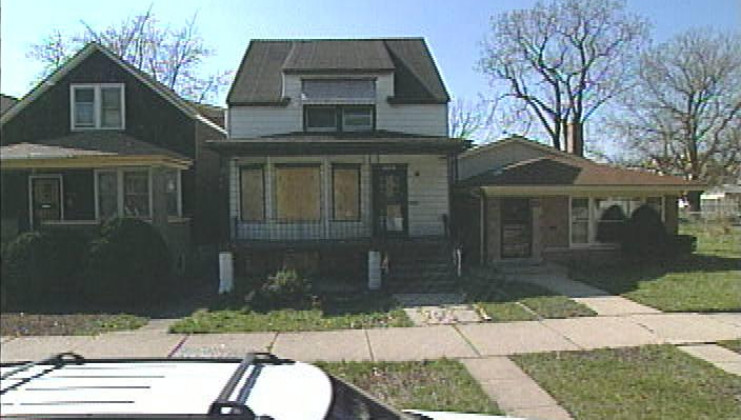 9236 s clyde ave, chicago, il 60617