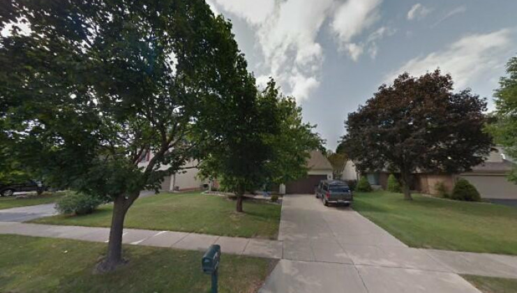 557 old plank rd, naperville, il 60563