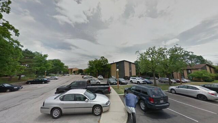 6151 knollwood dr, unit 208, willowbrook, il 60527