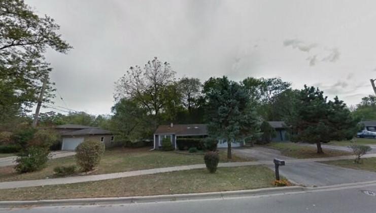 1505 northlake pkwy, carpentersville, il 60110