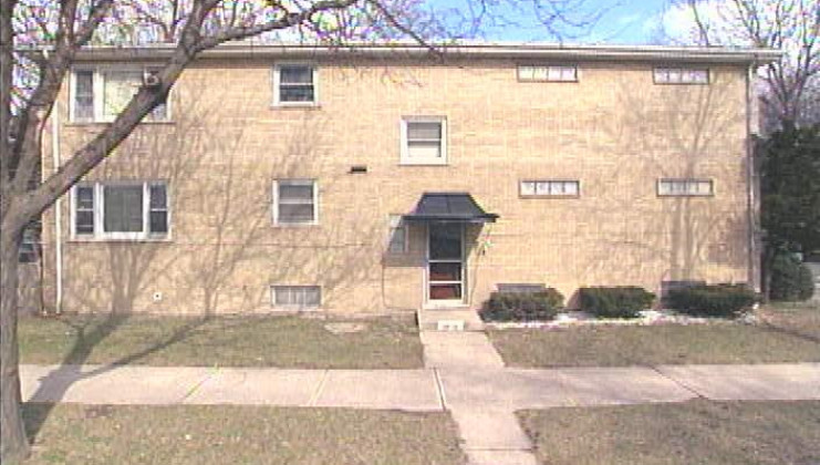 11956 s yale ave, chicago, il 60628