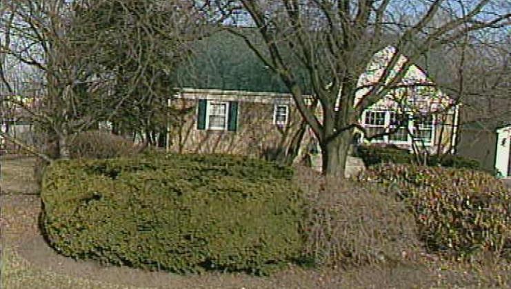 2072 walnut cir, northbrook, il 60062