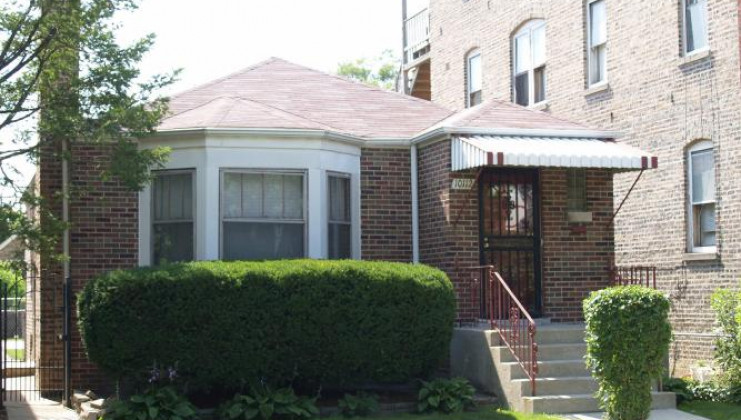 10112 s eberhart ave, chicago, il 60628