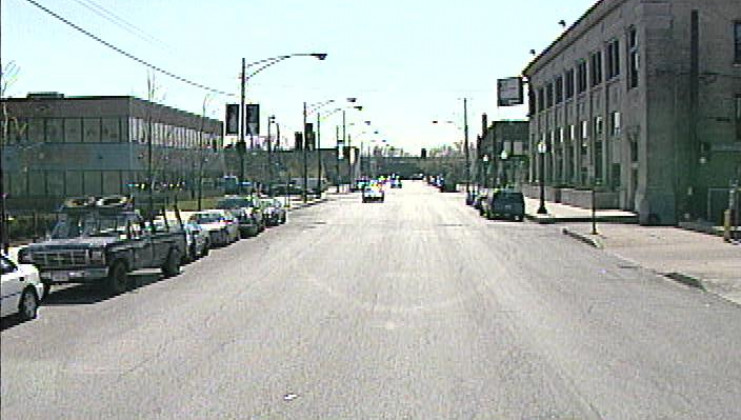 9128 s. houston ave., chicago, il 60617