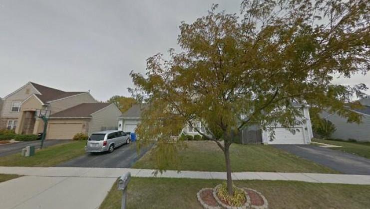 574 oakwood ln, south elgin, il 60177