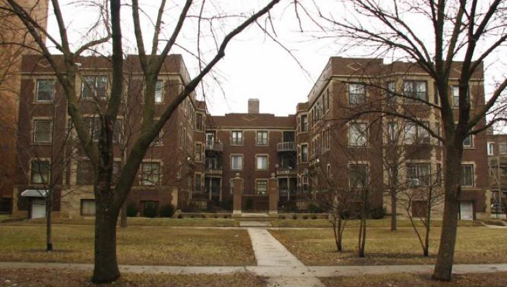 826 e hyde park blvd unit 2, chicago, il 60615